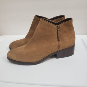 Cole Haan women's brown suede boots. Size 9.5 B